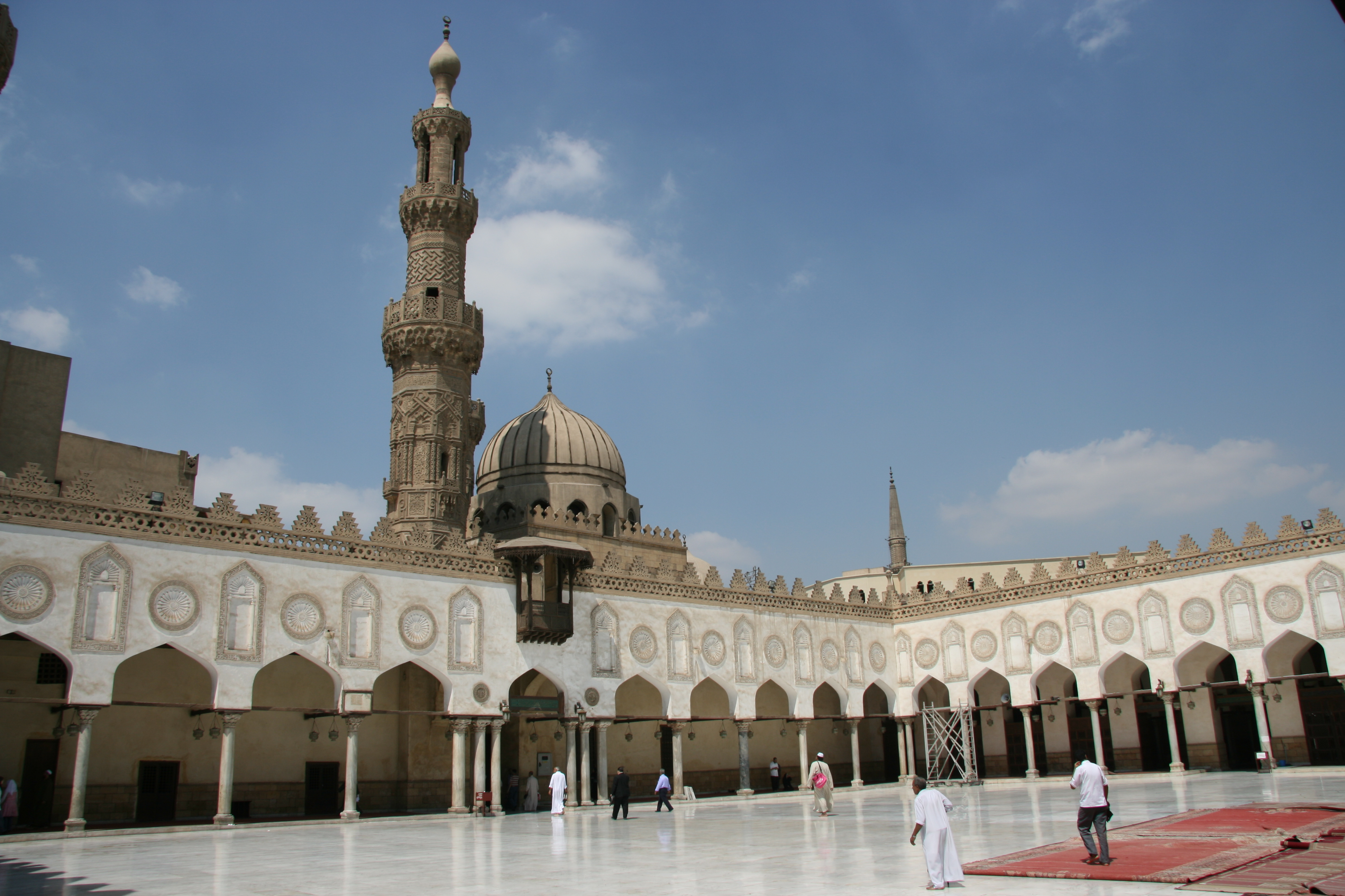 Al-Azhar Mosque (photo credit: Travel Aficionado/flickr)