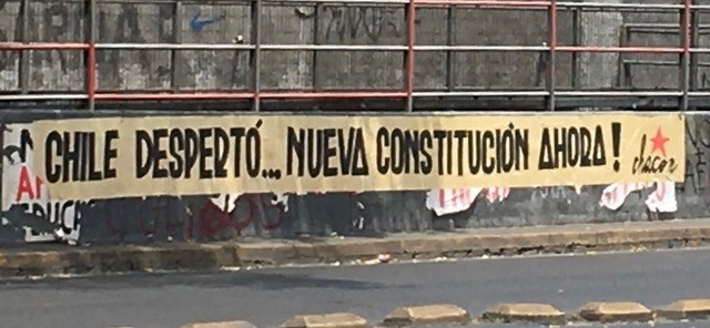 'Chile Woke Up ... New Constitution Now' (photo credit: Lisa Hilbink)
