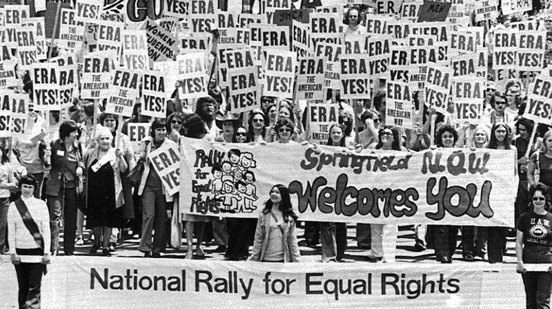 People march on the Capitol Building in Springfield to urge approval of ERA in 1978 (photo credit: AP)