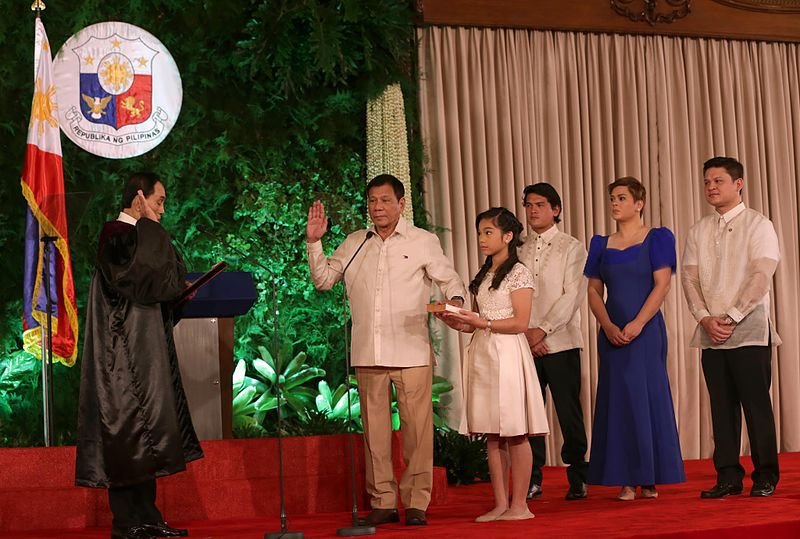 Philippines President Duterte taking his oath of office (photo credit: Eurasia Future)