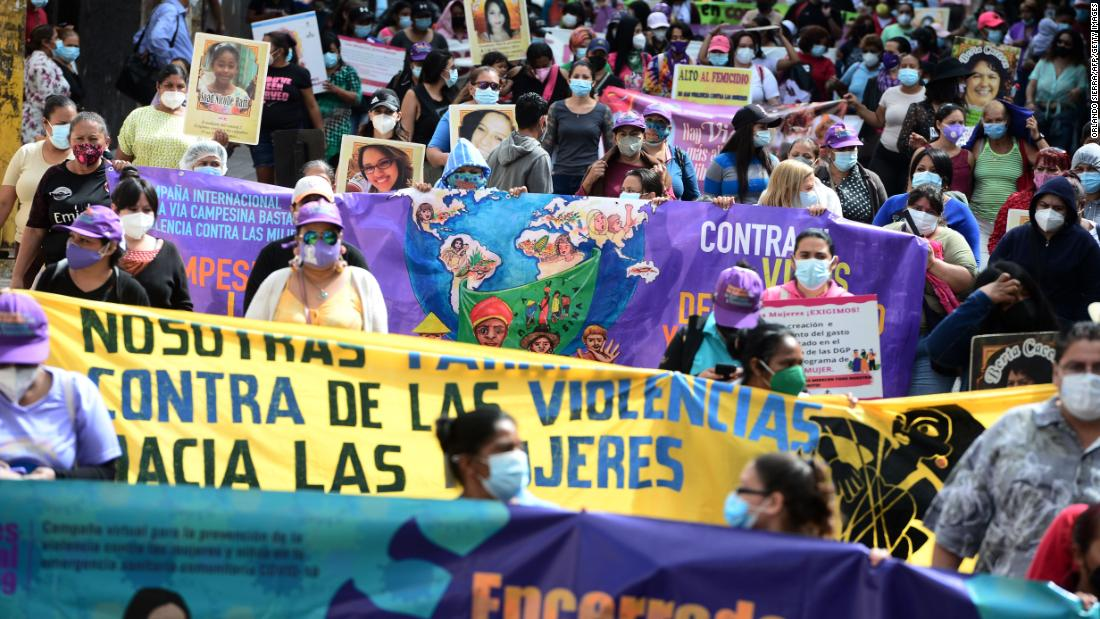 Protesters march in Tegucigalpa, Honduras on 25 January 2021 (photo credit: CNN)