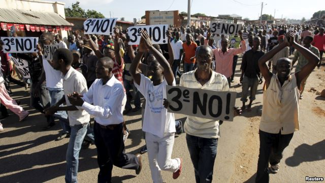 protest against the third term of President Nkurunziza in Burundi (photo credit: Reuters)